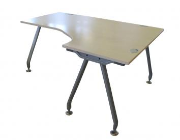 Kampiniai stalai naudoti