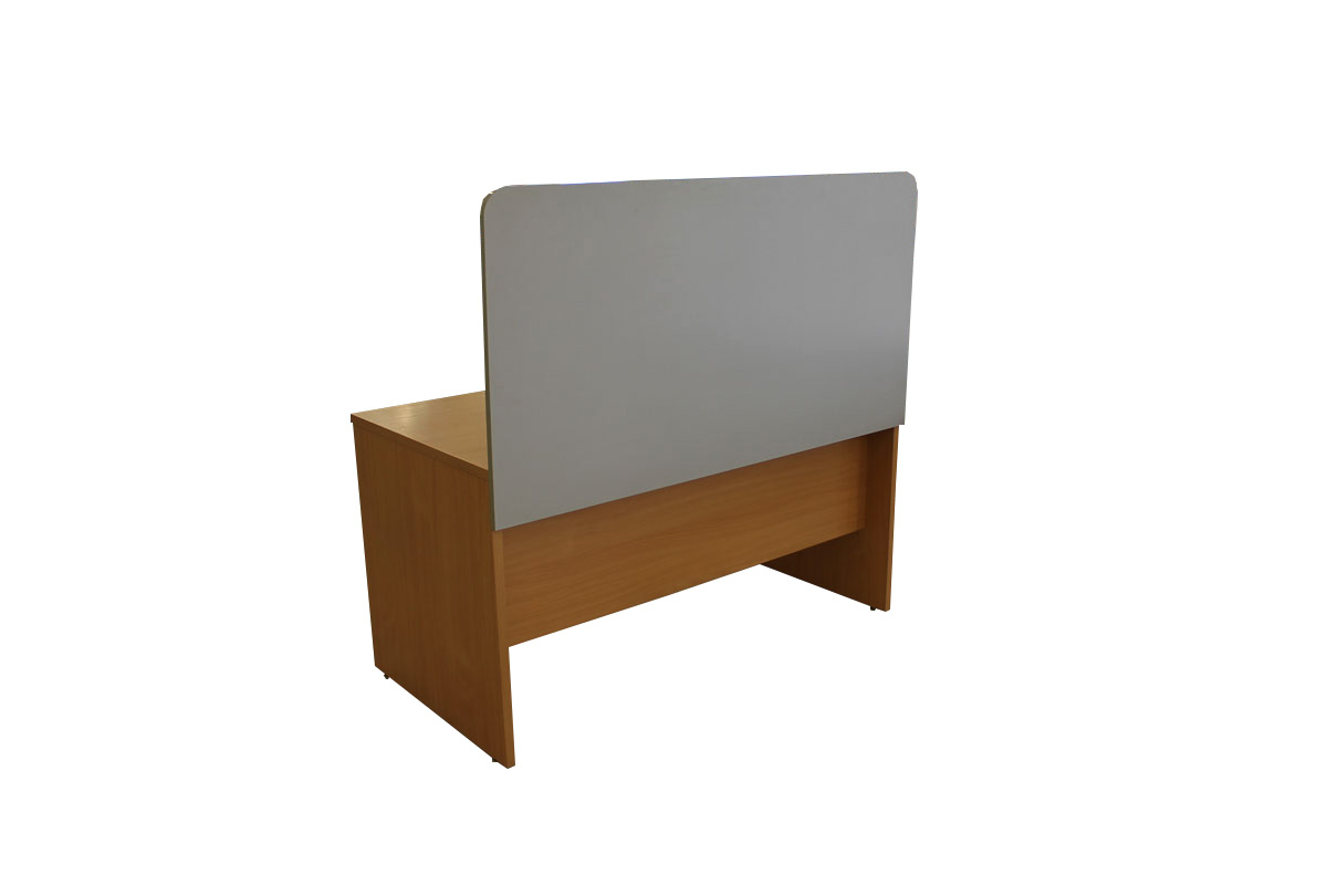Naudotos stalų pertvaros, uždangos