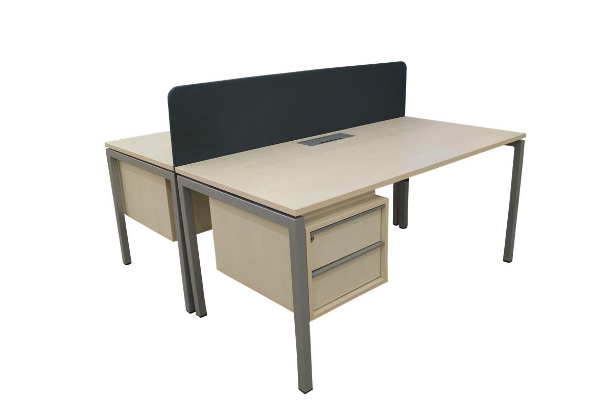 Tiesūs darbo stalai naudoti - Baldai verslui